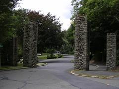 Wakefield Park Gates