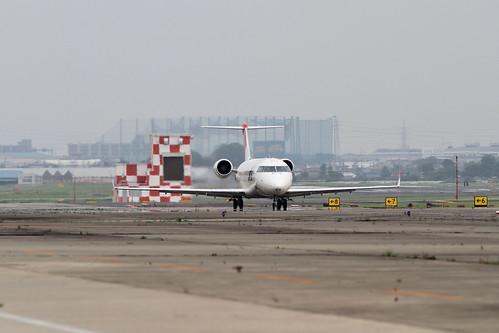 JAL CRJ-200ER(JA202J)
