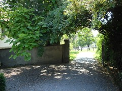 Warth Eingang zum Rosengarten