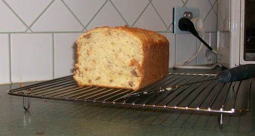 Arleen's Nut Bread