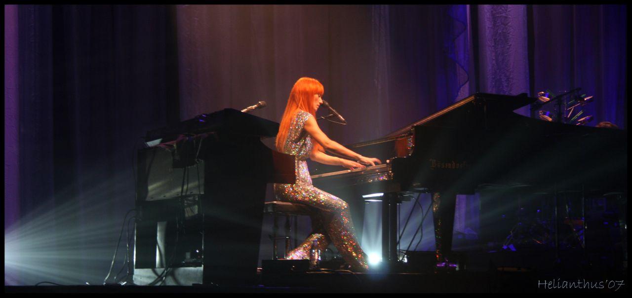 Tori Amos live