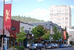 Downtown Ashland, Oregon. Photo by WAVE Journey.