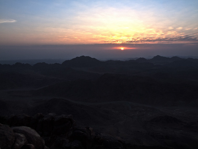 Răsărit pe Sinai