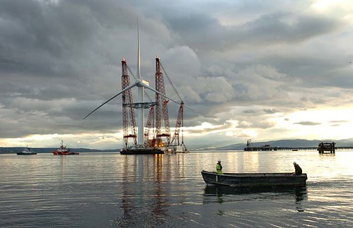 Construction of 5MW Turbine/ courtesy of ecotility