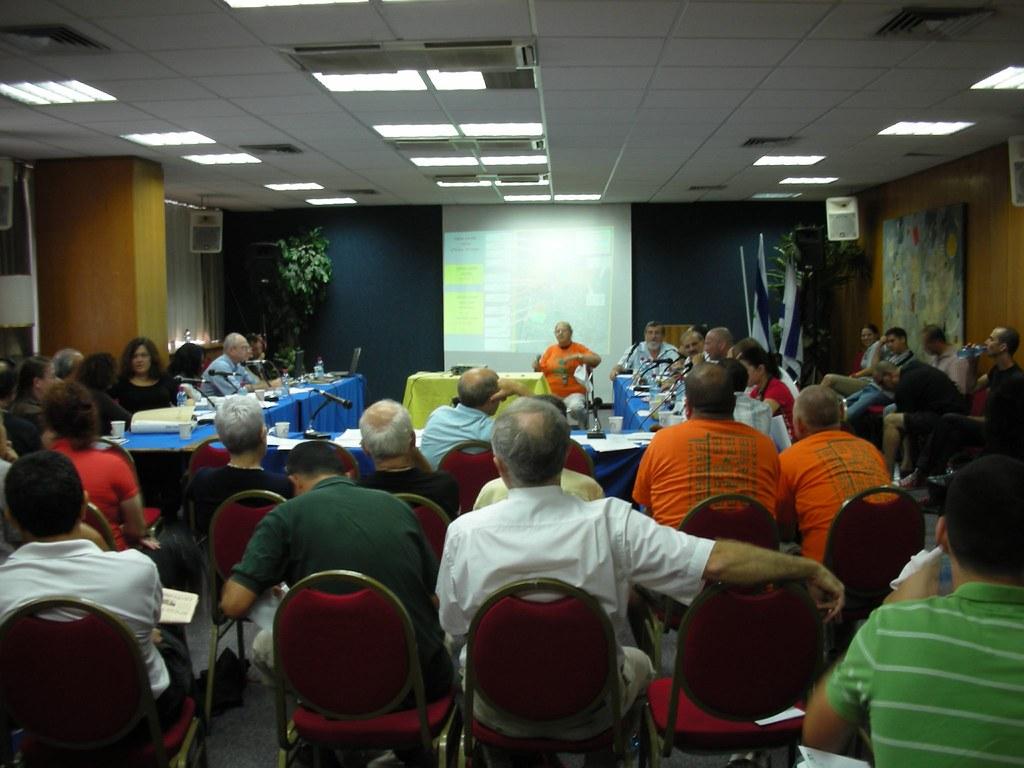 ועדת תכנון ובנייה בדיון על פלורנטין