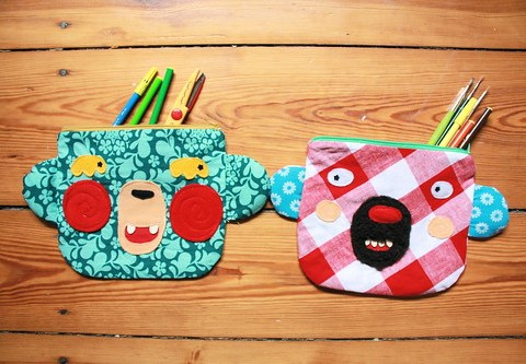 GRUMBY AND PINKIE BEARS ZIPPERED POUCHES