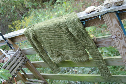 Lace leaf pullover finished