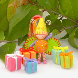 birthday_bug_yellow_hat1