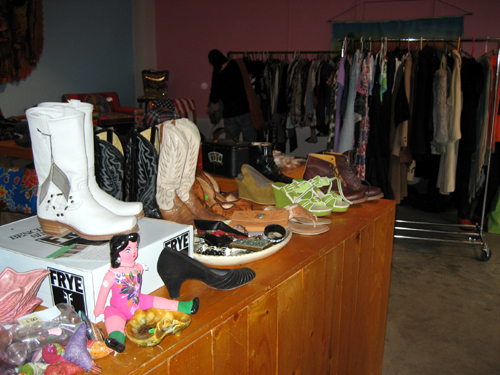 Buffalo Girl sale: boots, clothes, dolly