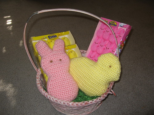 Oooh, so cute!  Even though I cant stand Peeps, THESE I could easily love!  ;)