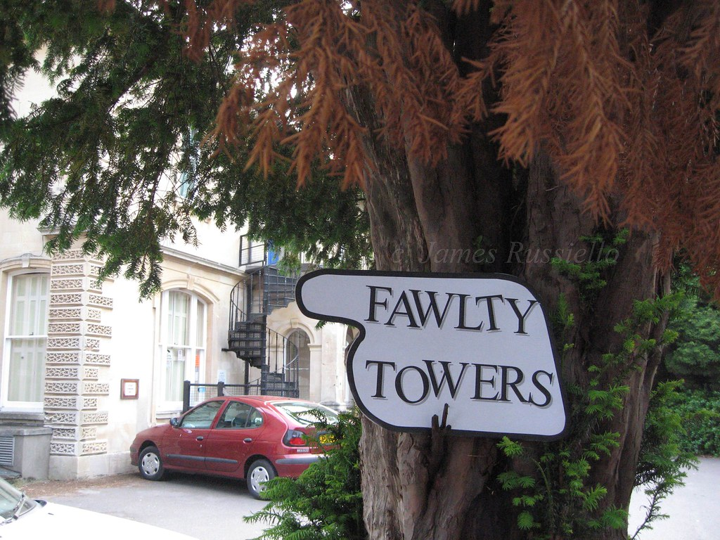 07010.169.SO.Clevedon.PrincesHall.FawltyTowers