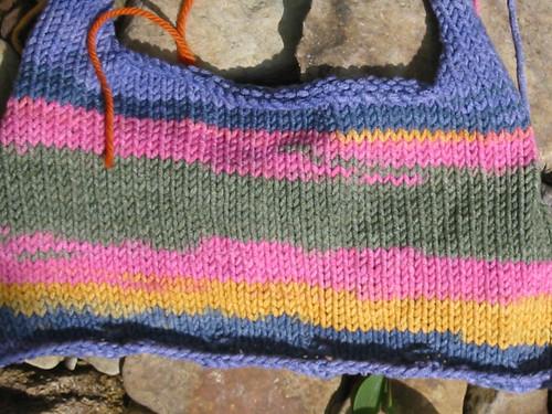 striped twirly top close