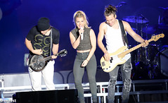 Familygras - the band perry