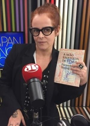 """""""Estava entediada de entrevistar famosos"""", afirma Fernanda Young"""