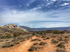 Split Mountain on the LHS.