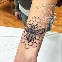 Fresh bee. Thank you Em! #eyeofjadetattoo...