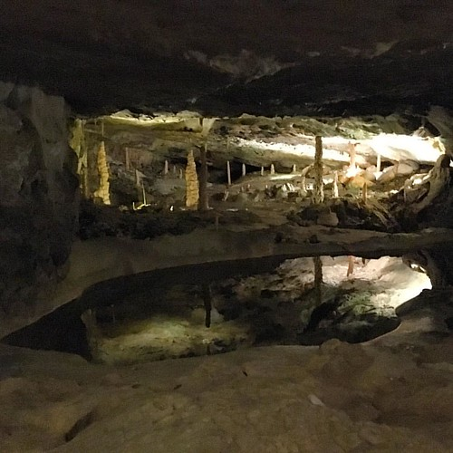 #Beatushöhlen IV Dreischwestern #Grotte @ #Interlaken #Beatenberg #ThunerSee #Schweiz #Alpen #traveloup