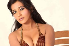 Bollywood Actress NISHA YADAV-HOT AND SEXY IMAGES-SET-3 (49)