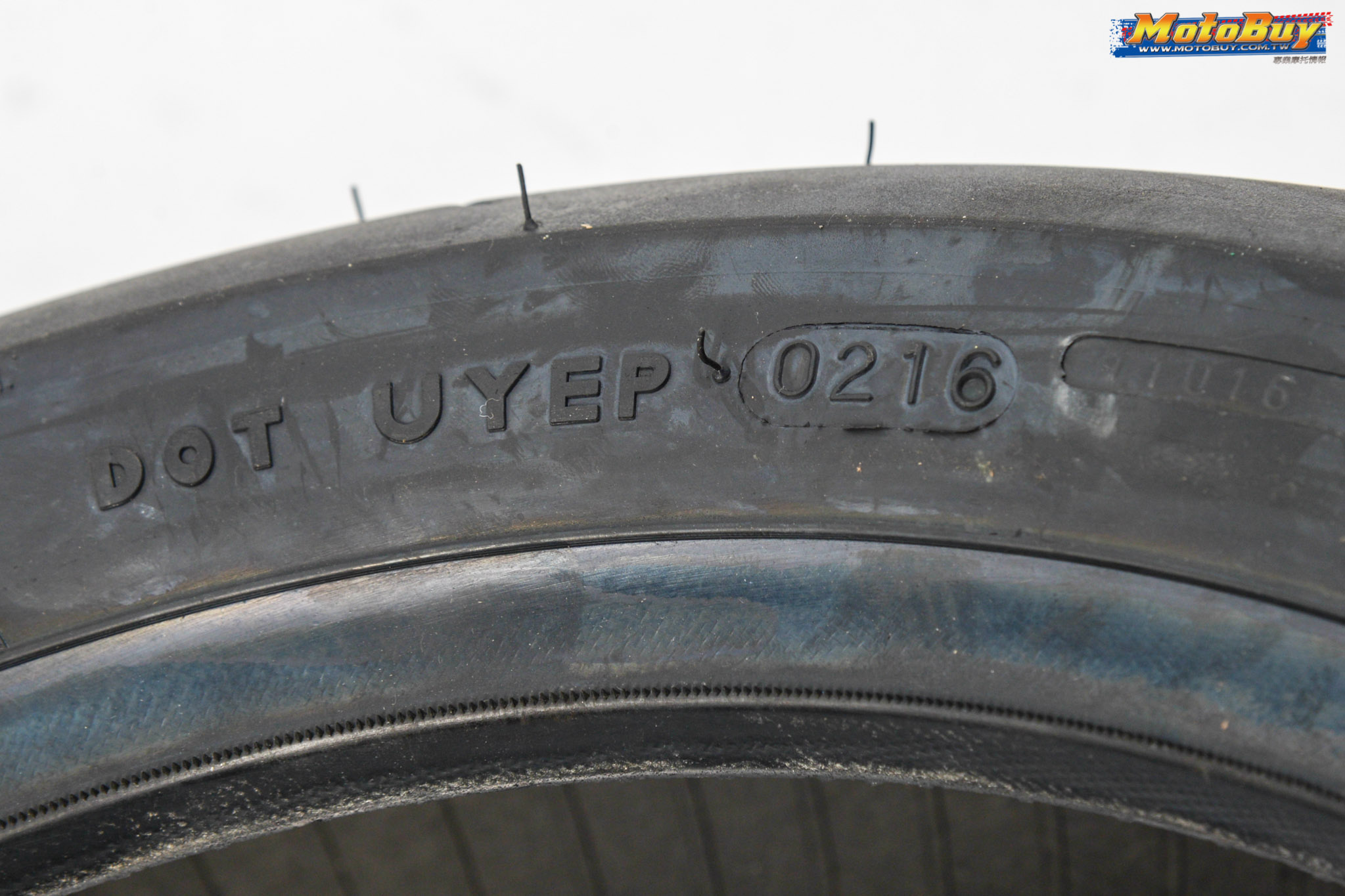 [部品情報]胎型『大』不同!MAXXIS MA-R1 140/70-13 | MotoBuy