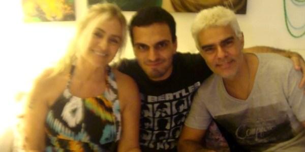 """""""Cada dia é uma superação"""", diz ator Nizo Neto após morte do filho"""