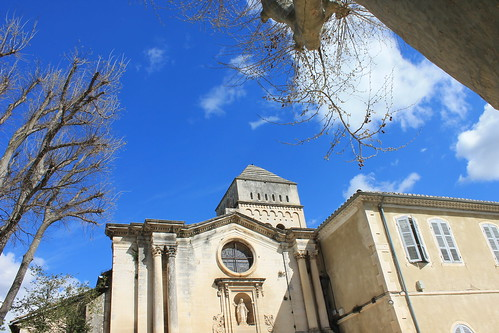 Saint-Paul de Mausolee© C.Chillio - CRT PACA