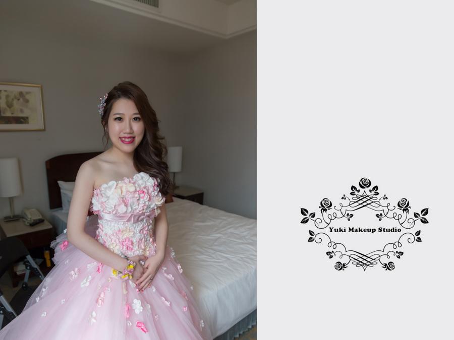 新秘Yuki│新秘推薦│粉紅色禮服│側邊髮│新娘髮型