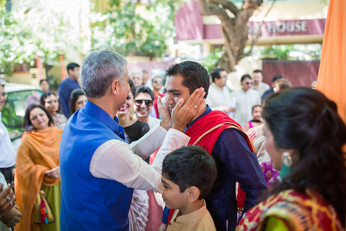 The father-in law welcoming the son-in law, the affection couldn't be missed!