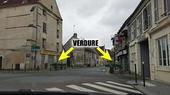 Le fleurissement de Verberie : Les bacs entrée de la rue de Paris