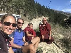 im Gespräch mit ein paar Mönche