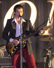 """Arctic Monkeys - Mad Cool 2018 - Viernes - 5 - M63C7340 • <a style=""""font-size:0.8em;"""" href=""""http://www.flickr.com/photos/10290099@N07/41593455360/"""" target=""""_blank"""">View on Flickr</a>"""