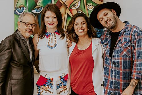 Gonçalves e Alessandra, da Wella, com Vanessa Massariol e Gil Minogue