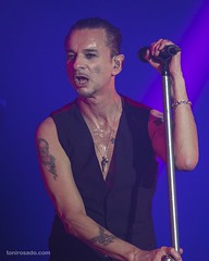 "Depeche Mode - Mad Cool 2018 - Sabado - 5 -M63C8433 • <a style=""font-size:0.8em;"" href=""http://www.flickr.com/photos/10290099@N07/43385313472/"" target=""_blank"">View on Flickr</a>"
