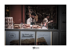 bocadillos street photo Saragosse