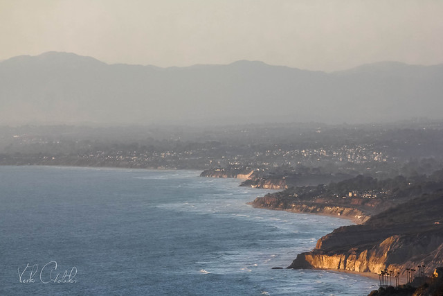 The Pacific coast from Mount Soledad by San Diego