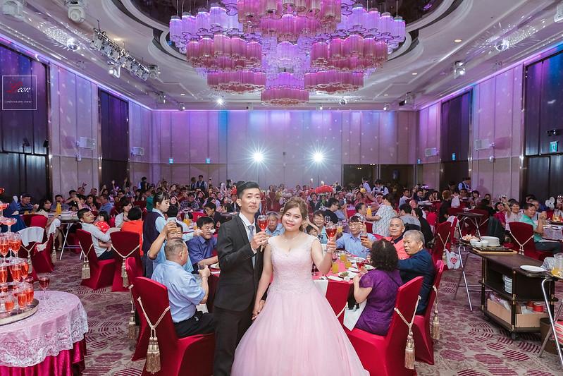 [婚攝] 騏任 & 秀華 高雄翰品酒店 | 送客搶先看 | 婚禮紀錄 | 婚攝 Leon 影像工作室