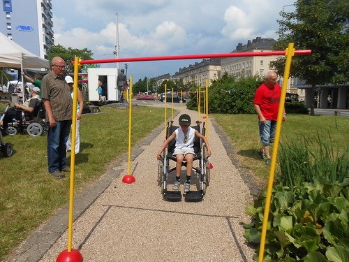 "VITALe.V. auf dem Albertplatzfest 2016_06_25 • <a style=""font-size:0.8em;"" href=""http://www.flickr.com/photos/154440826@N06/44183587095/"" target=""_blank"">View on Flickr</a>"