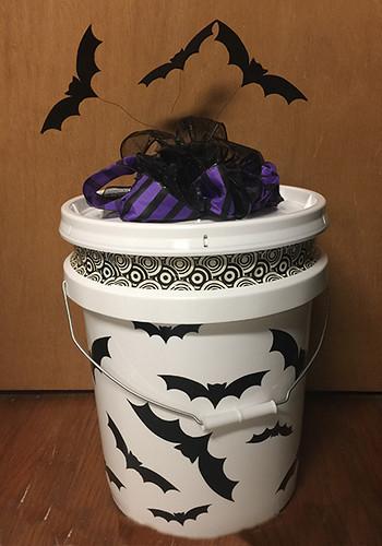 finished bat bucket - alternative pumpkin with Cricut