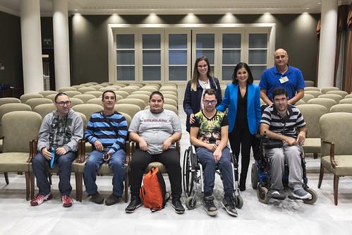 Visita de usuarios del colectivo de Coordinadora de personas con discapacidad física de Canarias