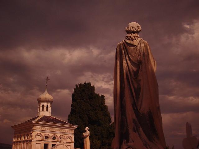 Imagen recogida del Cementerio de Menton, Côte d'Azur Francesa