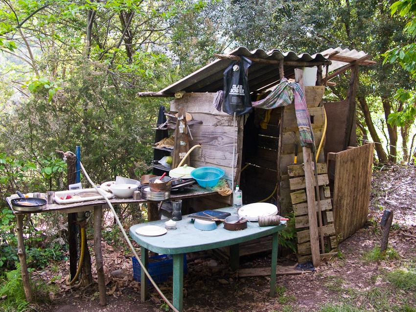 Outdoor Küche und Dusche ;-)