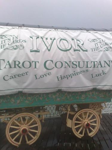 'Tarot consultant'...!