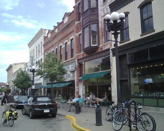 Pearl St.
