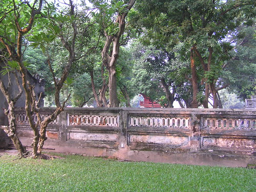 Temple of Literature 2