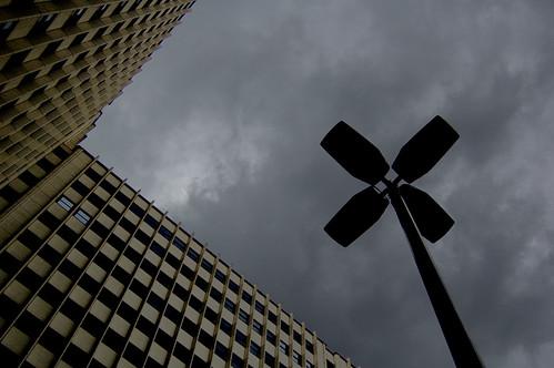 En la Plaza de los Cubos (Madrid)