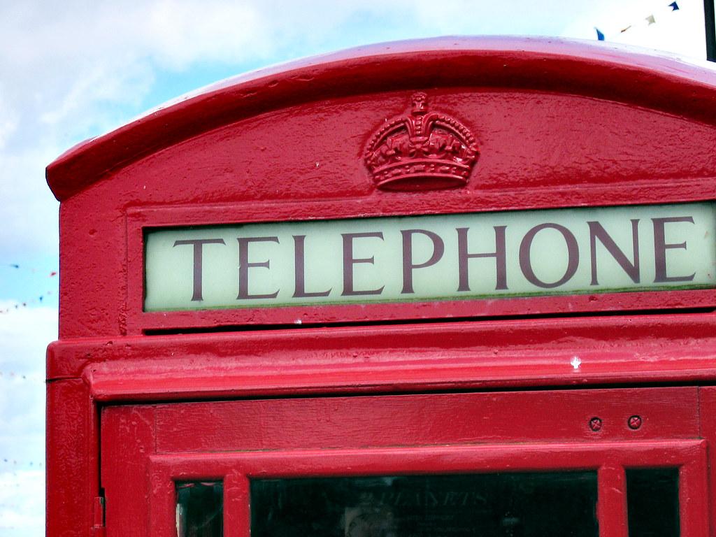 Imagen gratis de una cabina de teléfono roja de Londres