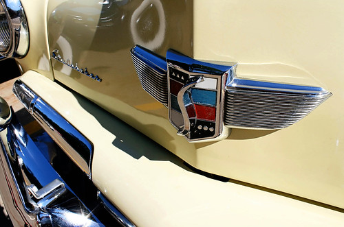 Vintage butter-yellow Studebaker. Photo copyright Jen Baker/Liberty Images. All rights reserved.