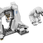 LEGO Star Wars 75098 Ultimate Collector's Series Assault on Hoth 17