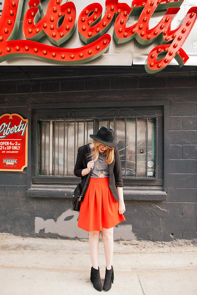 red-skirt-black-hat4