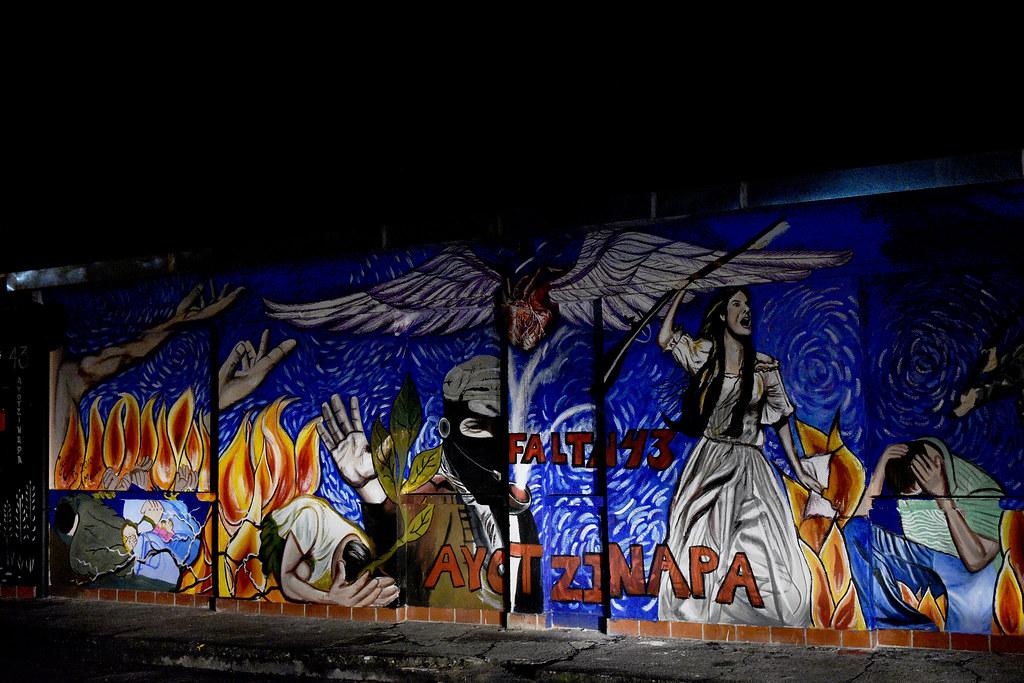 Homenaje a los desaparecidos de Ayotzinapa