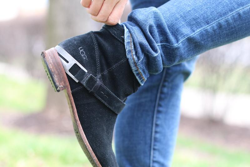 ugg-boots-suede-black-7